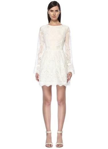 Glamorous Sırtı Çapraz İp Bağlamalı Dantelli Mini Elbise Beyaz